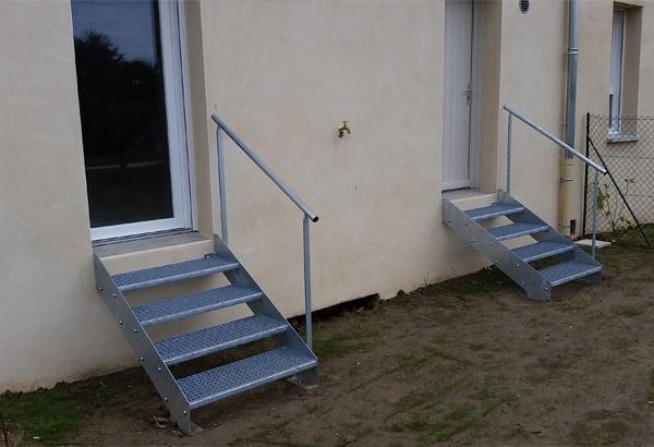 Travaux par bonhomme métallerie pour Adis SA HLM, escalier métallique
