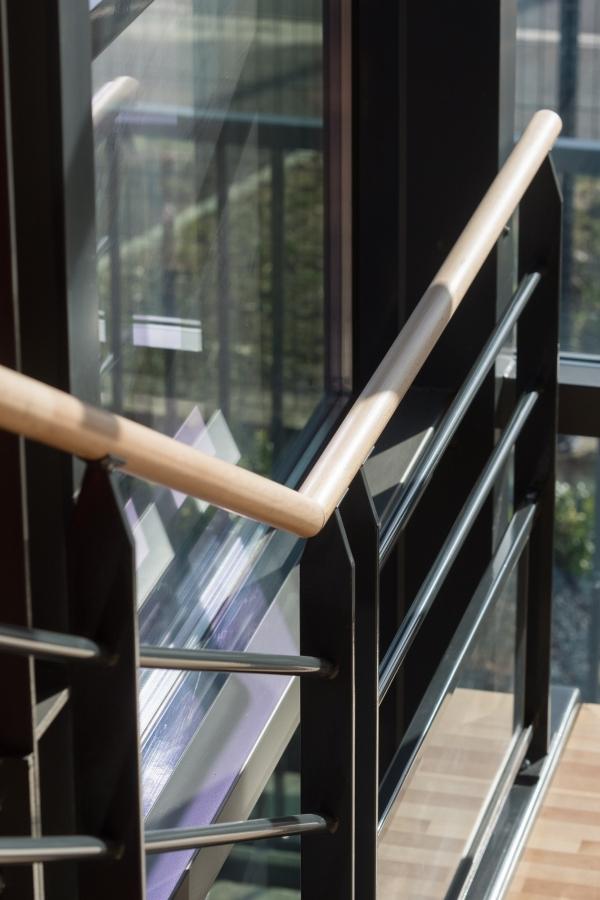 Travaux au siège de l'entreprise E26 du Groupe CHEVAL pour la réalisation de menuiserie aluminium, façade mur rideaux
